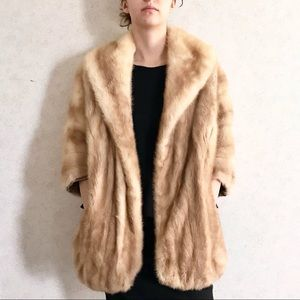 VINTAGE blonde fur stole with pockets